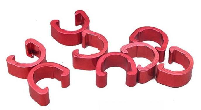 Příchytka hydraulické brzdové hadice a bowdenu podkova AL červená 1ks Velo