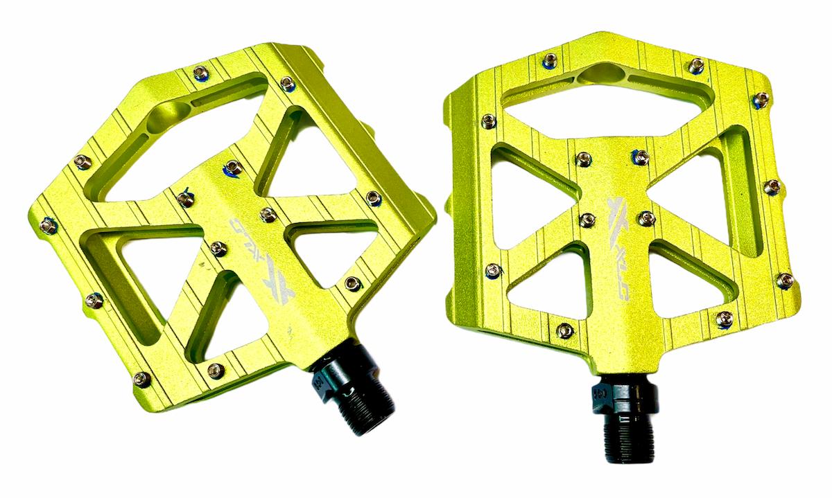 Pedály XLC MTB / Trekking-pedál PM-M12 průmysl AL zelená